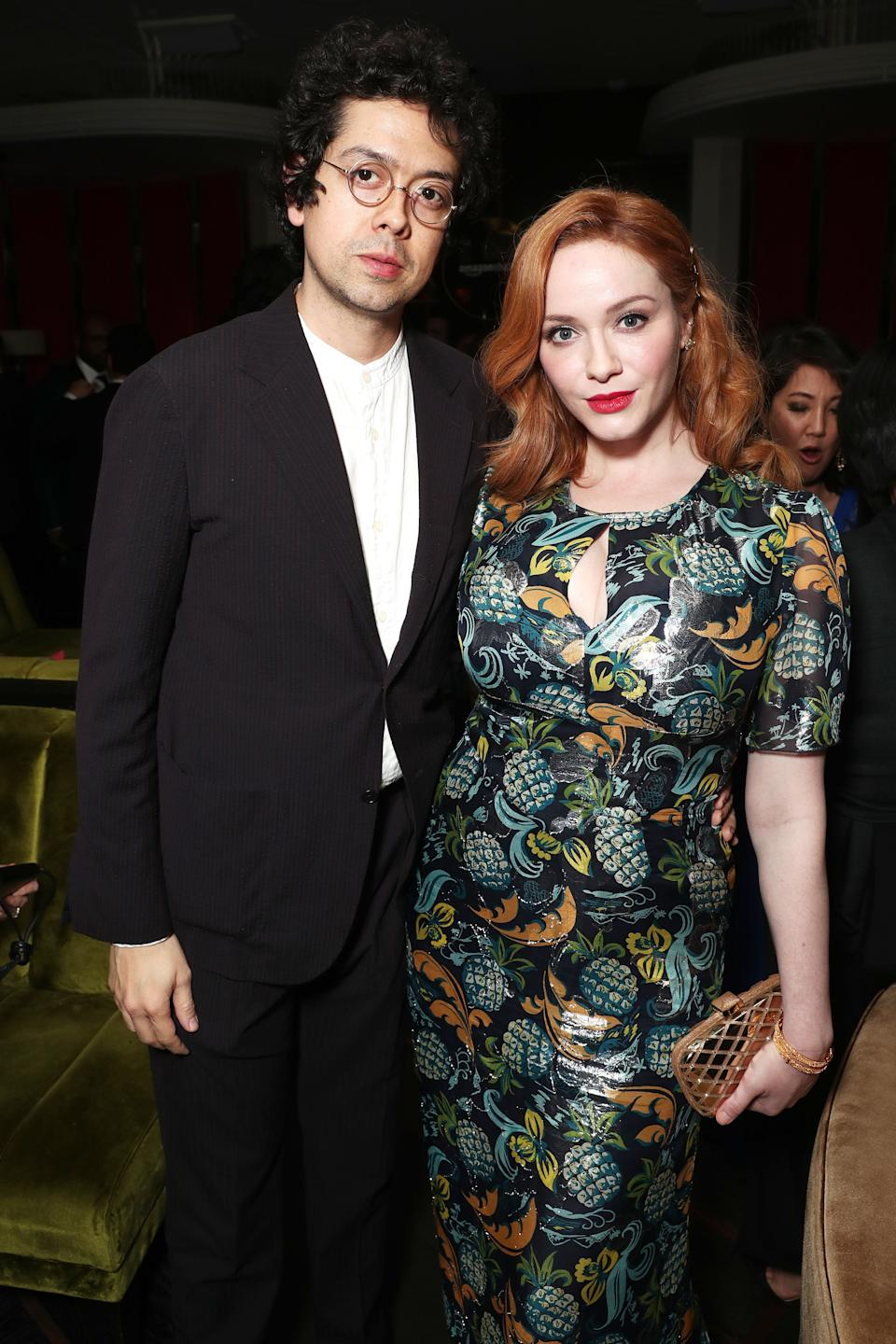 "Low-key couple <a href=""https://www.huffpost.com/life/topic/christina-hendricks"" target=""_blank"" rel=""noopener noreferrer"">Christina Hendricks</a> and fellow actor Geoffrey Arend met in 2006 and married in 2009. <a href=""https://www.huffingtonpost.co.uk/2012/02/01/mad-men-christina-hendricks_n_1247401.html?guccounter=1&guce_referrer=aHR0cHM6Ly93d3cuZ29vZ2xlLmNvbS8&guce_referrer_sig=AQAAADF0xsV_0t59tR45RY8pv-r6wS7_lRFr7h-LgwWbUVx3pVUobeW-gA69kk-3cNo9HmA3C8tKnvPPXENp_6fuP5isw7LemWVi6qTRjBYtP43_57oRaojs6UqbI2kBvztGgPwTmUdxO3_xaZDH36VSuqfVAFk6m3C6B0SFabt9bki4"" rel=""external"">Hendricks told Cosmopolitan</a> that her ""Mad Men"" co-star, Vincent Kartheiser, introduced him.<br /><br><br><br />""Vinnie invited several friends to a place in L.A. called the Magic Castle – me being one. Geoffrey walked in and I was like, 'Who is this guy?' He had amazing hair and was all dishevelled – he was running late and everyone was waiting for him,"" she said. ""He just came in with this very high energy."""