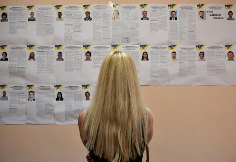 Many voters seemed excited by the prospect of new political forces coming to power (AFP Photo/GENYA SAVILOV)