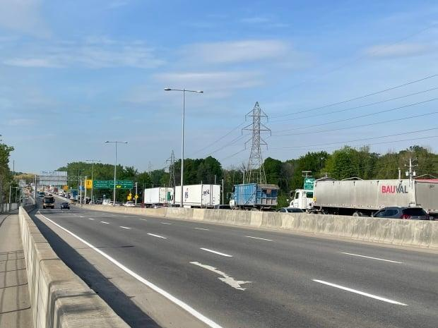 The closure of the Île-aux-Tourtes bridge has resulted in delays and detours in Montreal's West Island. (Josh Grant/CBC - image credit)