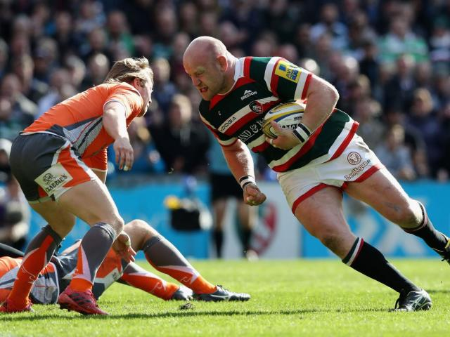 Dan Cole prepares to take the ball into contact (Getty)