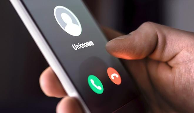 Phone scams that once focused primarily on Hong Kong's elderly residents are beginning to target mainland Chinese living in the city, police say. Photo: Shutterstock