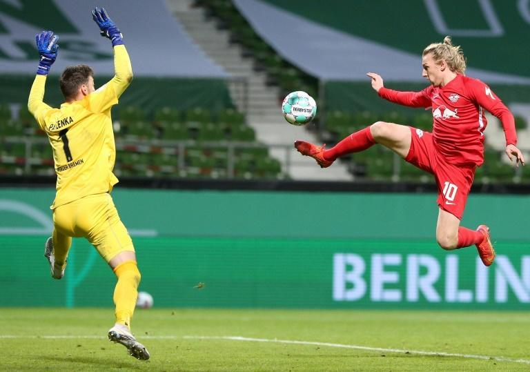 Emil Forsberg (R) scored with a stunning volley in RB Leipzig's last-gasp 2-1 victory at Werder Bremen in the German Cup semi-finals a week ago