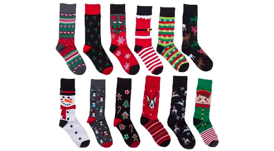 Eabern Unisex Premium Cotton Christmas Pattern Dress Socks with Christmas Gift Bag (Photo: Amazon)