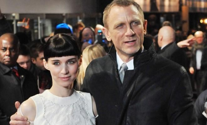 Daniel Craig and Rooney Mara attend the world premiere of The Girl With The Dragon Tattoo in London.