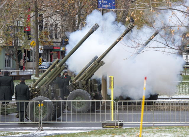 Canadian Forces personnel fire a twenty one gun salute during Remembrance Day ceremonies Monday, November 11, 2019 in Montreal. THE CANADIAN PRESS/Ryan Remiorz