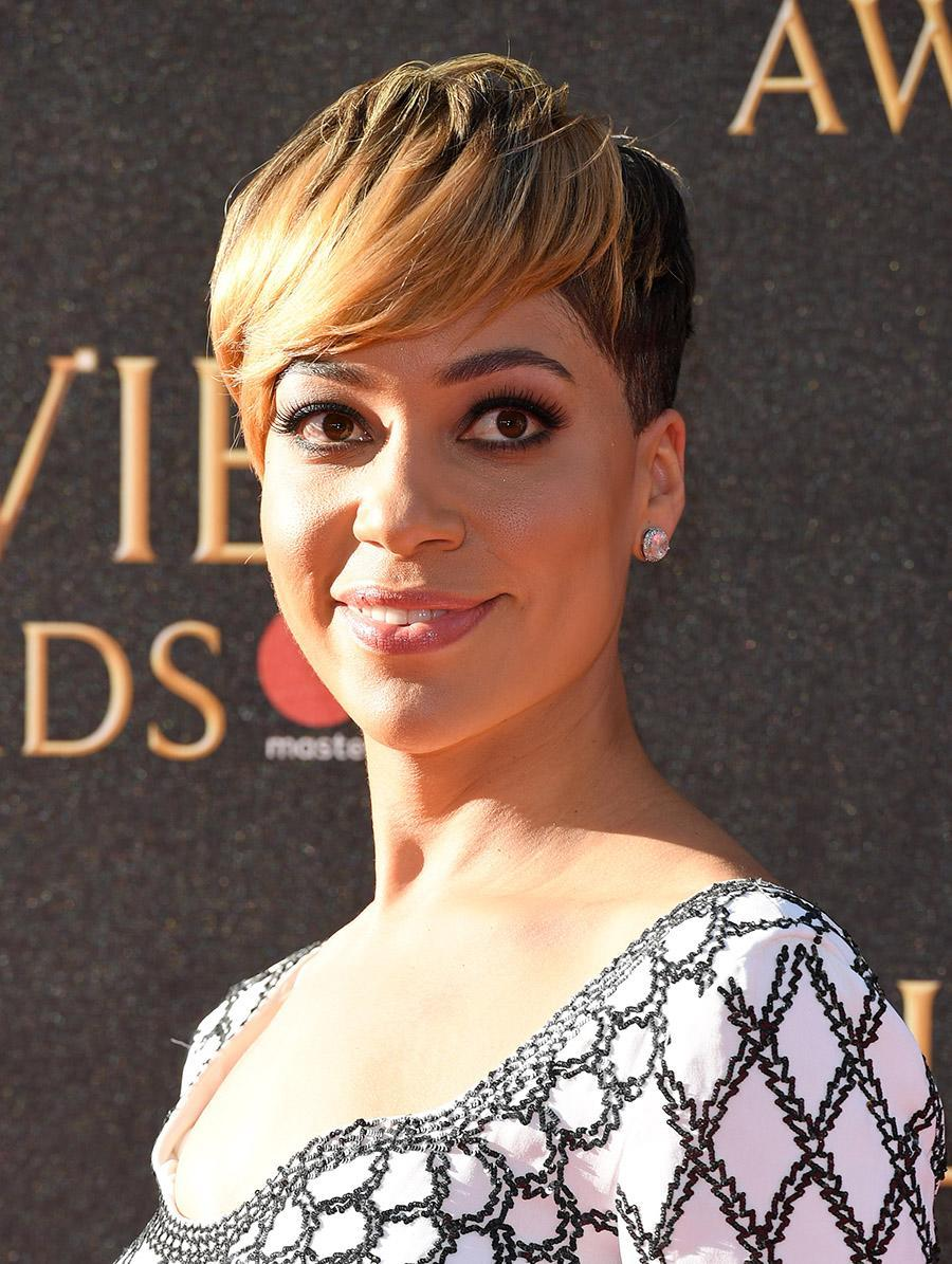 <p>English actor and writer Cush Jumbo shined on The Olivier Awards red carpet in London with her honey-highlighted pixie. (Photo by Karwai Tang/WireImage) </p>