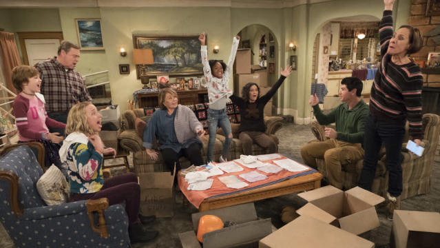 The cast of <em>Roseanne. </em>(Photo: ABC)