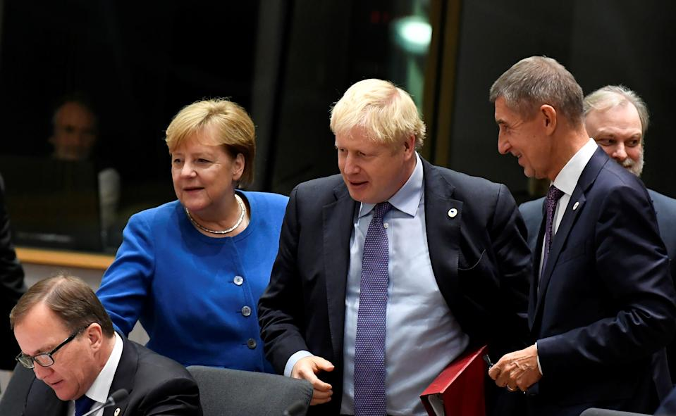 Britain's Prime Minister Boris Johnson, German Chancellor Angela Merkel, Czech Republic's Prime Minister Andrej Babis and Sweden's Prime Minister Stefan Lofven attend the European Union leaders summit dominated by Brexit, in Brussels, Belgium October 17, 2019. REUTERS/Piroschka van de Wouw