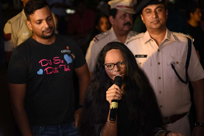 NEW DELHI, INDIA - SEPTEMBER 9: Acid attack survivor Laxmi Agarwal participates in the The Fearless Run, a midnight run of 5 kilometers which was organised by the Delhi Police in association with the NGO United States Foundation, at Connaught Place on September 9, 2018 in New Delhi, India. (Photo by Sarang Gupta/Hindustan Times via Getty Images)