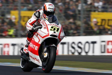 FILE PHOTO: Ignite Pramac MotoGP rider Michele Pirro of Italy takes part in the third free practice session of the French Grand Prix in Le Mans circuit, central France May 18, 2013. REUTERS/Benoit Tessier