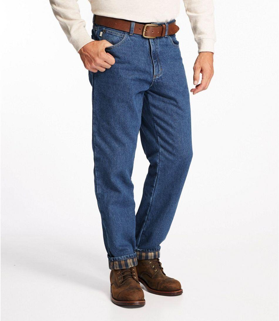 """For those cold days, these jeans will keep you warm with a flannel lining. It'll be like you're literally wearing pajama pants. Plus, the pair has a 4.8-star rating. <strong><a href=""""https://fave.co/2R351bM"""" target=""""_blank"""" rel=""""noopener noreferrer"""">Find this pair at L.L. Bean</a></strong>."""