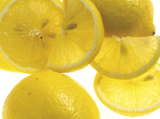 <b>Lemon:</b> Lemons are a staple of many detox diets, and there is good reason for this. Firstly, lemons are packed with antioxidant vitamin C, which is great for the skin and for fighting disease-forming free-radicals. Furthermore, the citrus fruit has an alkaline effect on the body, meaning that it can help restore the body's pH balance, benefitting the immune system. Try starting your day with hot water and a slice of lemon to help flush out toxins and cleanse your system.