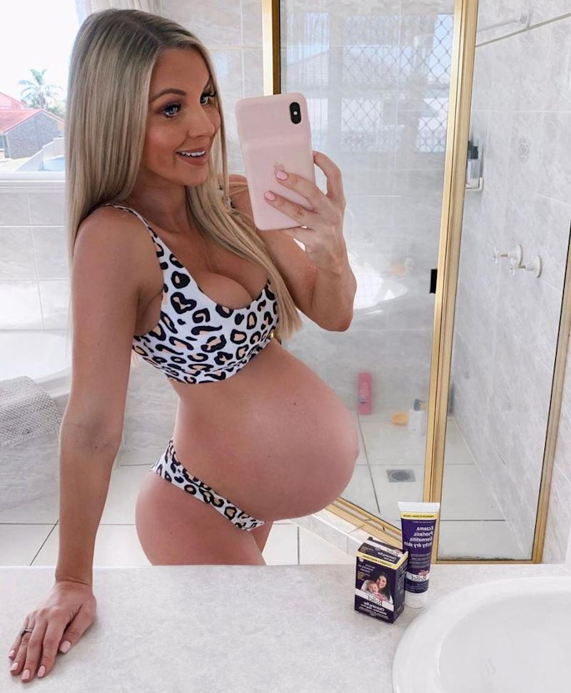 Instagram influencer Hannah Polites is showing off her pregnancy body