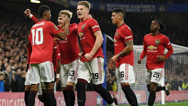 Marcus Rashford's two goals sent Manchester United into the last eight of the EFL Cup at the expense of Chelsea.