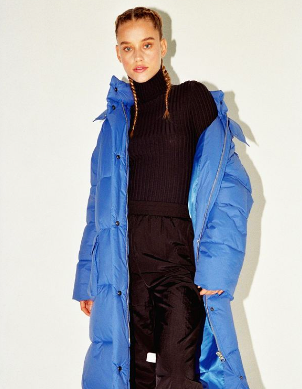 "$159, Urban Outfitters. <a href=""https://www.urbanoutfitters.com/shop/uo-extreme-oversized-puffer-coat"">Get it now!</a>"
