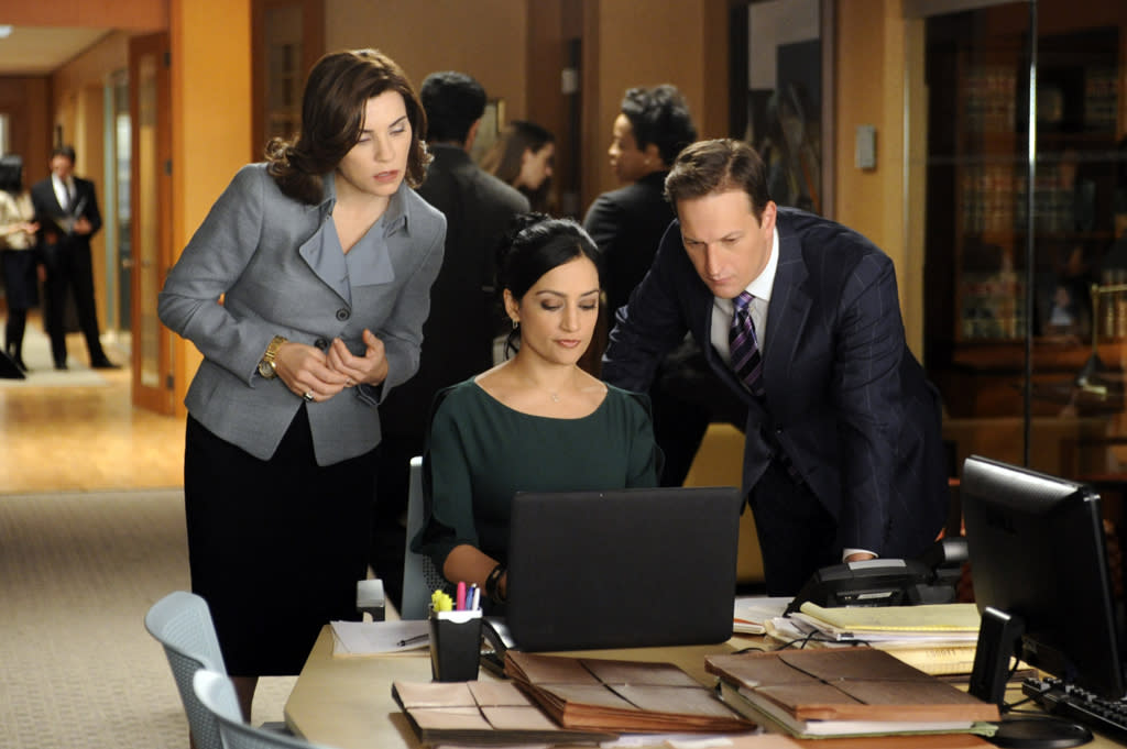 "Kalinda (Archie Panjabi) helps when Will (Josh Charles) defends a man accused of murder and Alicia (Julianna Margulies) attempts to influence the outcome of his case by aiding the prosecutor in a nearby county who is trying another man who for the same crime in ""Battle of the Proxies,"" the tenth episode of ""The Good Wife"" Season 4."