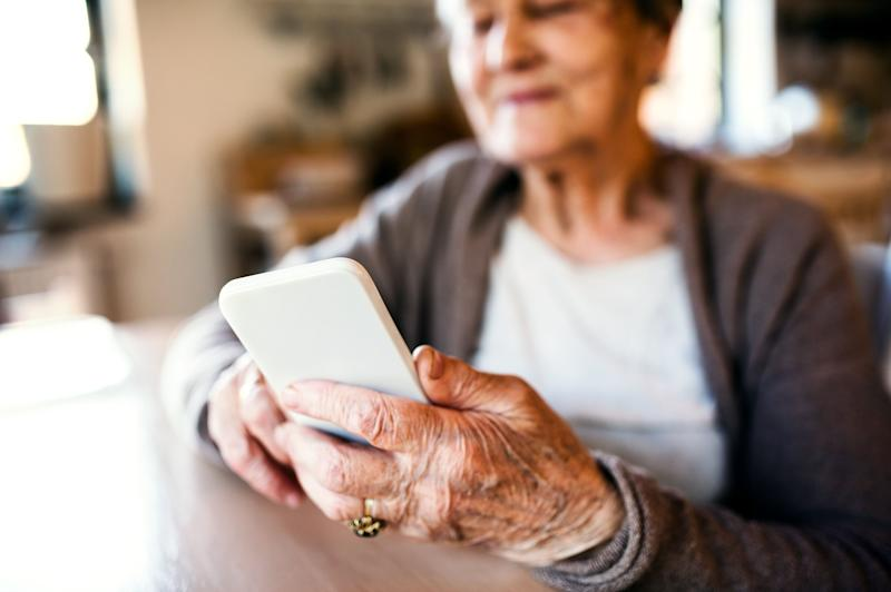 Now is the time to teach your grandparents how to use FaceTime, experts say. (Photo: Halfpoint Images via Getty Images)