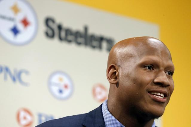 Pittsburgh Steelers first-round draft selection, 15th overall, linebacker Ryan Shazier from Ohio State, answers questions during a news conference at the headquarters of the NFL football team in Pittsburgh on Friday, May 9, 2014. (AP Photo/Keith Srakocic)