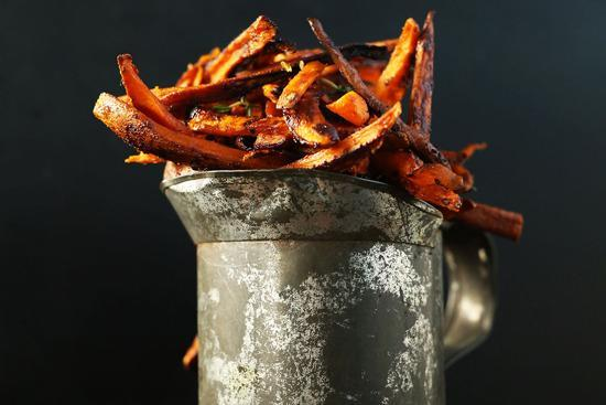 """<p>Make your chips sweet <i>and</i> spicy and say goodbye to those Maccy D's cravings for good. And, c'mon, these oven-baked versions are virtually a health food.</p><p>Get the recipe from <a href=""""http://minimalistbaker.com/cajun-baked-sweet-potato-fries/"""" rel=""""nofollow noopener"""" target=""""_blank"""" data-ylk=""""slk:Minimalist Baker"""" class=""""link rapid-noclick-resp"""">Minimalist Baker</a>.</p><p><br></p>"""