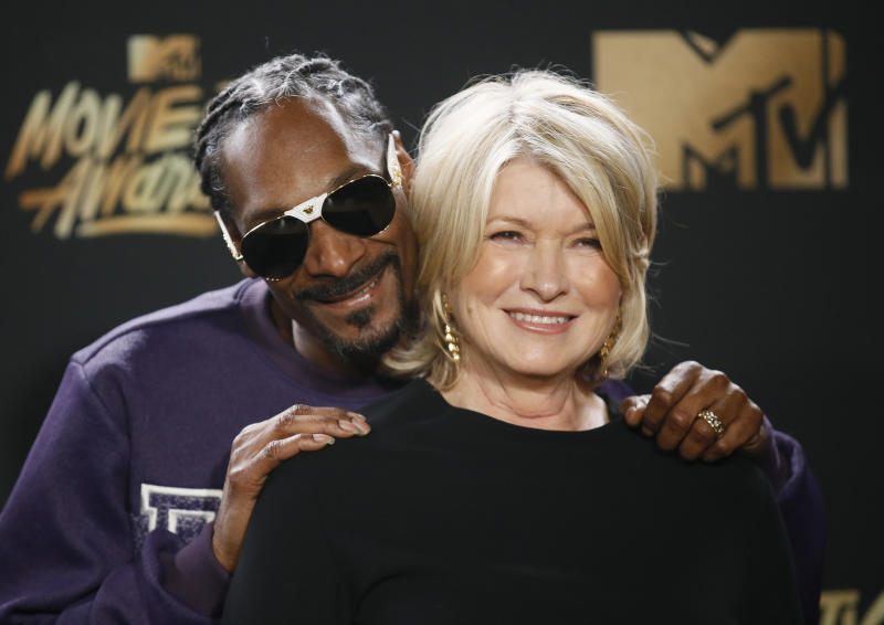 2017 MTV Movie and TV Awards – Photo Room – Los Angeles, U.S., 07/05/2017 – Snoop Dogg and Martha Stewart. REUTERS/Danny Moloshok