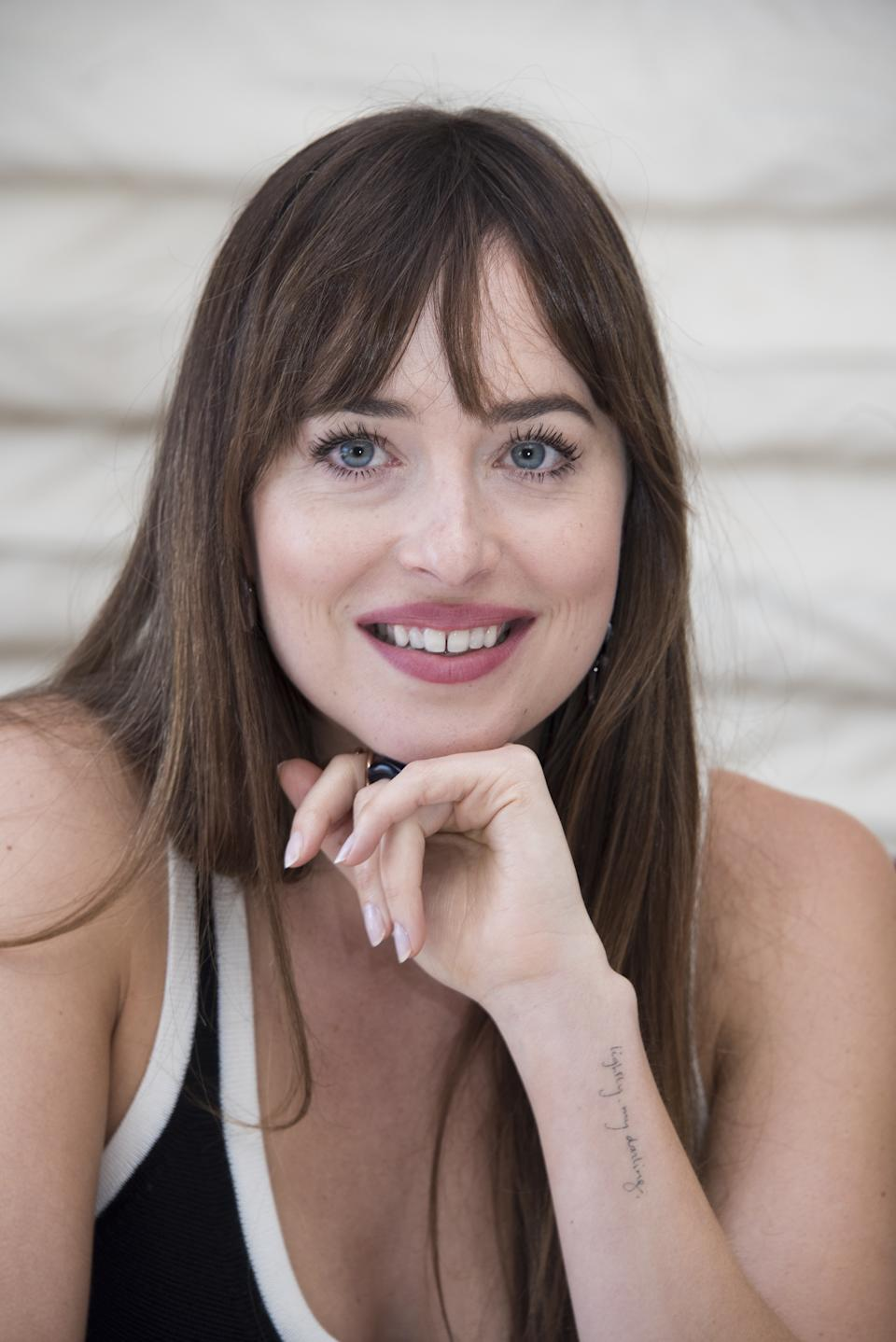 """HOLLYWOOD, CA - SEPTEMBER 23:  Dakota Johnson at the """"Bad Times at the El Royale"""" Press Conference at the Hollywood Roosevelt Hotel on September 23, 2018 in Hollywood, California.  (Photo by Vera Anderson/WireImage)"""