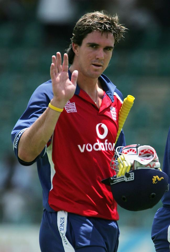 HARARE, ZIMBABWE - DECEMBER 1:  Kevin Pietersen of England waves to the crowd after a good innings during the 2nd One Day International against Zimbabwe at the Harare Sports Club ground on December 1, 2004 in Harare, Zimbabwe. (Photo by Clive Rose/Getty Images)