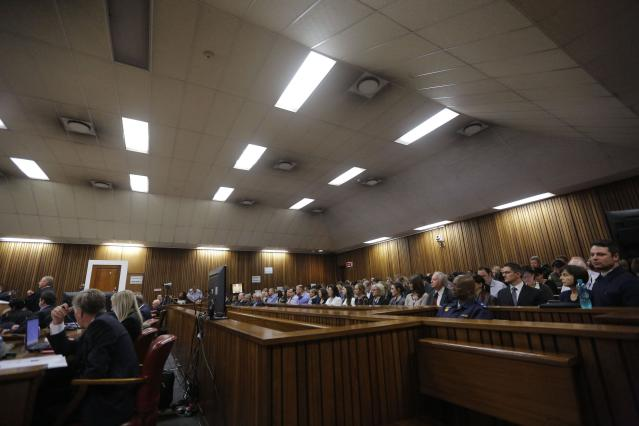 A general view of the court room is seen as Olympic and Paralympic track star Oscar Pistorius testifies during his cross examination in his ongoing murder trial in Pretoria, April 14, 2014. Pistorius is on trial for murdering his girlfriend Reeva Steenkamp at his suburban Pretoria home on Valentine's Day last year. REUTERS/Kim Ludbrook/Pool (SOUTH AFRICA - Tags: SPORT CRIME LAW ATHLETICS)