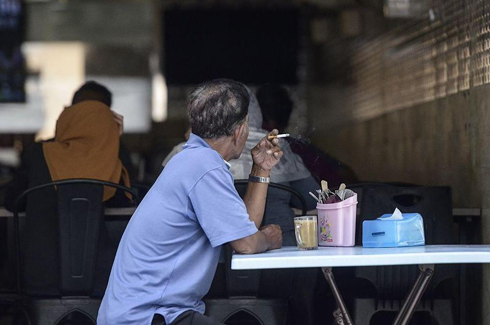 Roeder said illegal cigarettes now command 62 per cent of the total market share cigarettes sold, making Malaysia the number one in the world for this black market. ― Picture by Miera Zulyana