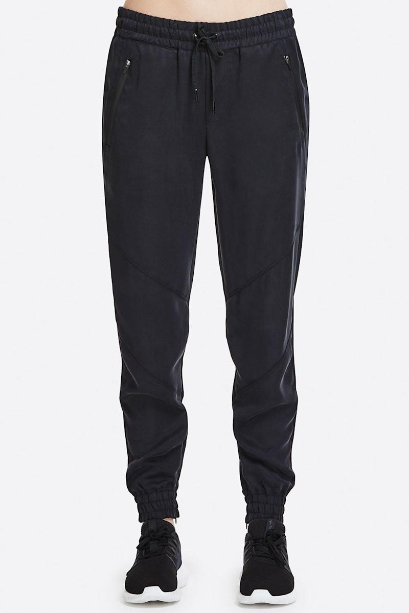 Alala Arcs Sweatpant (Photo: Alala)