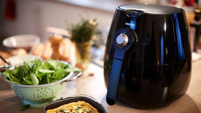 Christmas gifts for moms 2019: Philips AirFryer