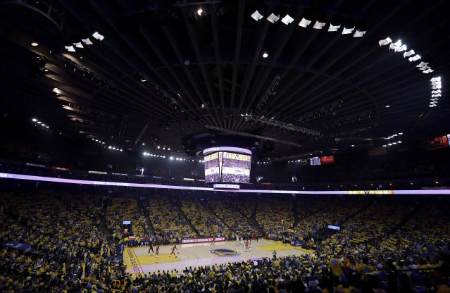 There were still tickets available at Oracle Arena before Game 1 of the NBA Finals. (AP Photo)