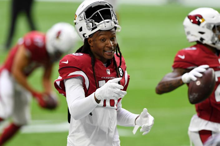 GLENDALE, ARIZONA - NOVEMBER 08: DeAndre Hopkins #10 of the Arizona Cardinals prepares for a game against the Miami Dolphins at State Farm Stadium on November 08, 2020 in Glendale, Arizona. (Photo by Norm Hall/Getty Images)