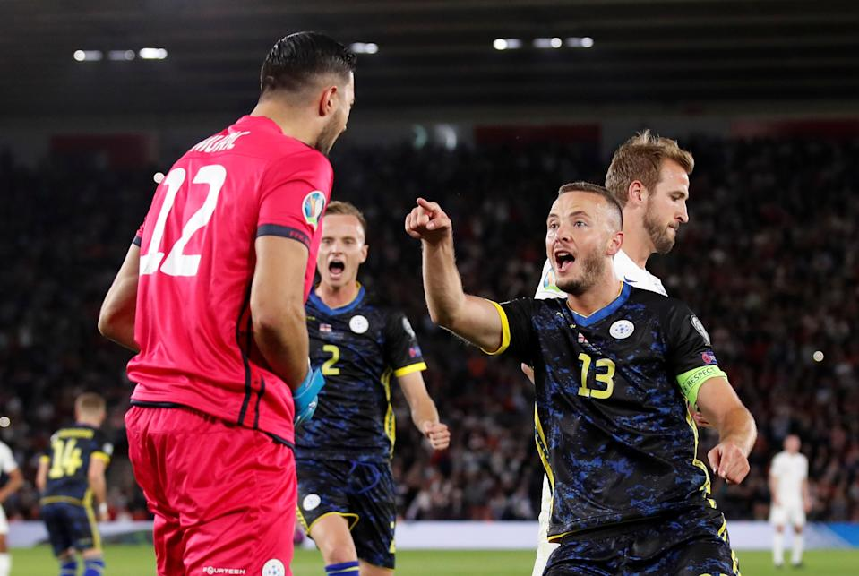Soccer Football - Euro 2020 Qualifier - Group A - England v Kosovo - St Mary's Stadium, Southampton, Britain - September 10, 2019  Kosovo's Aro Muric celebrates with Amir Rrahmani after saving a penalty from England's Harry Kane   REUTERS/David Klein