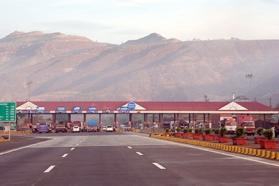 Not many takers for Mum-Pune Eway toll