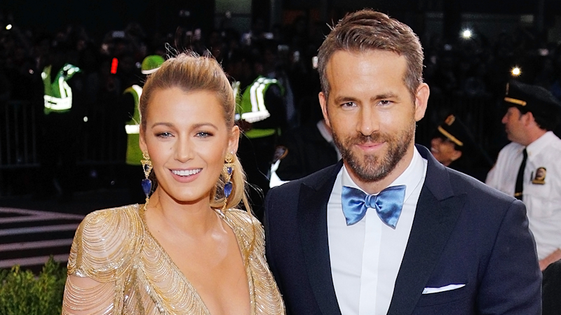 Ryan Reynolds and Blake Lively Join Taylor Swift's Parents For 'Reputation' Tour Show -- See Blake's Moves!