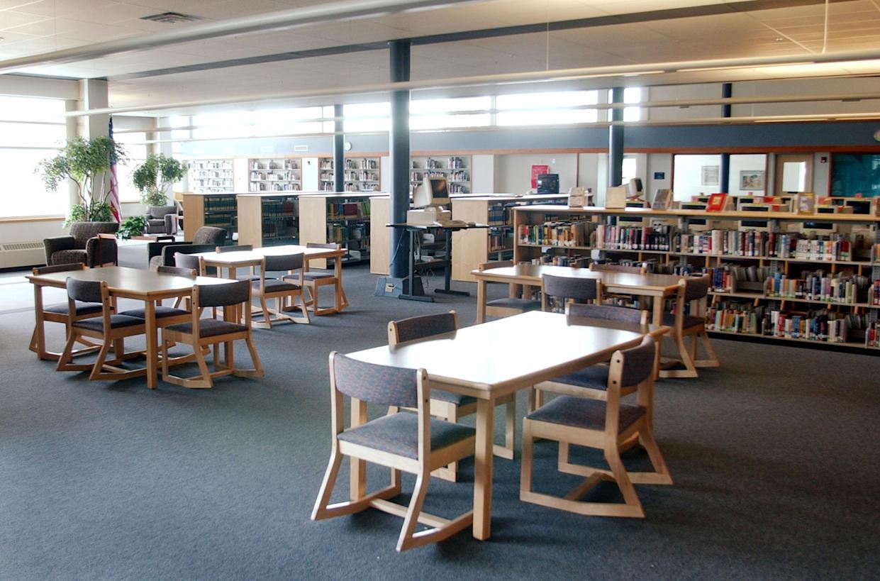 The New Hope Memorial Columbine Library at Columbine High School in 2004. The original library, where a majority of students were killed, was torn down. (Photo: Ed Andrieski/AP)