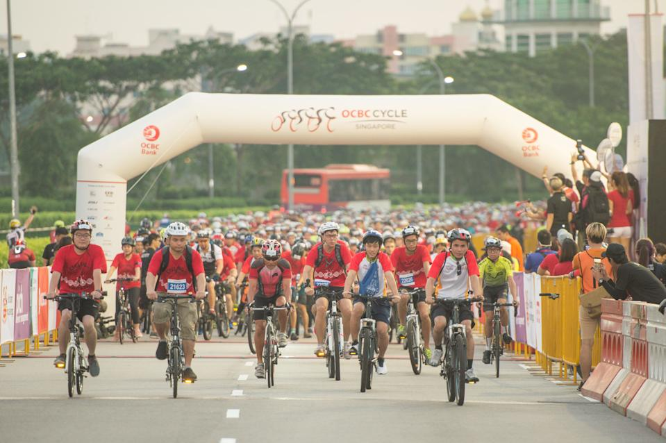 OCBC Cycle 2019 participants being flagged off at the start point. (PHOTO: OCBC Cycle)