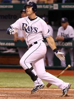 Evan Longoria watches as his 12th-inning homer sails toward the left-field wall at Tropicana Field