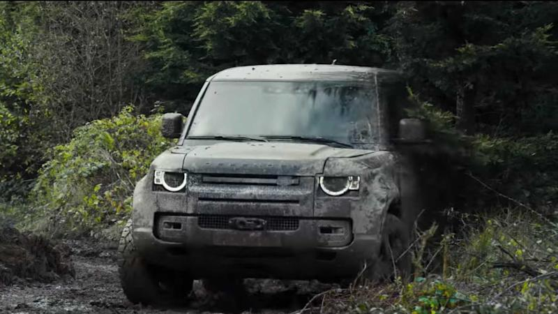 Land Rover Defender James Bond Commercial