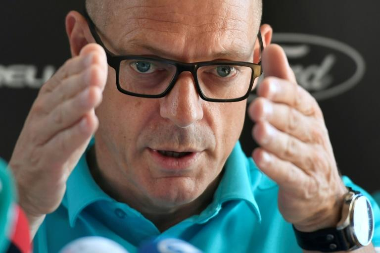 Team Sky boss Dave Brailsford has insisted he will not resign from his Sky post despite being engulfed in rows over both doping and sexism