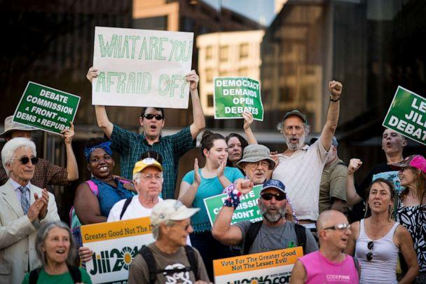 PHOTO: Supporters of Green Party Presidential candidate Jill Stein protest in front of the Commission on Presidential Debates in Washington on Sept. 14, 2016. (Bill Clark/CQ-Roll Call, Inc via Getty Images)