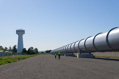 HyperloopTT reveals full-scale system in Toulouse, France
