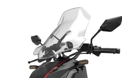 Wind and rain protection (CNW Group/Motorino Electric Cycles)