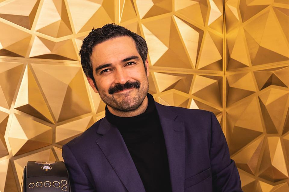 MEXICO CITY, MEXICO - OCTOBER 21: Alfonso Herrera poses for photos during the inaugural 'Nescafe Experience' event on October 21, 2020 in Mexico City, Mexico. (Photo by Medios y Media/Getty Images)