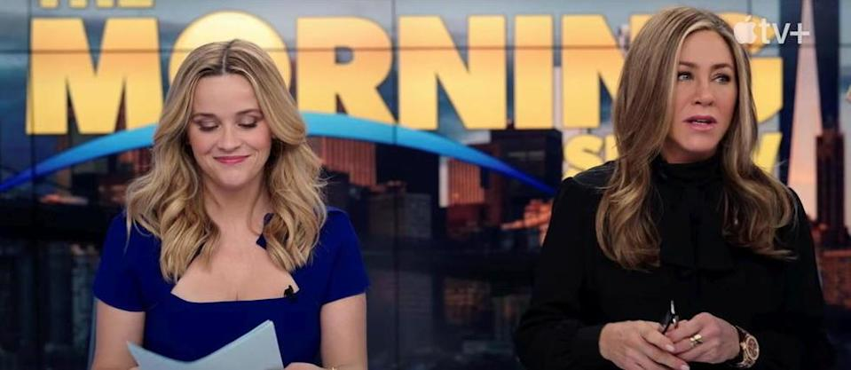 Reese Witherspoon et Jennifer Aniston dans The Morning Show.