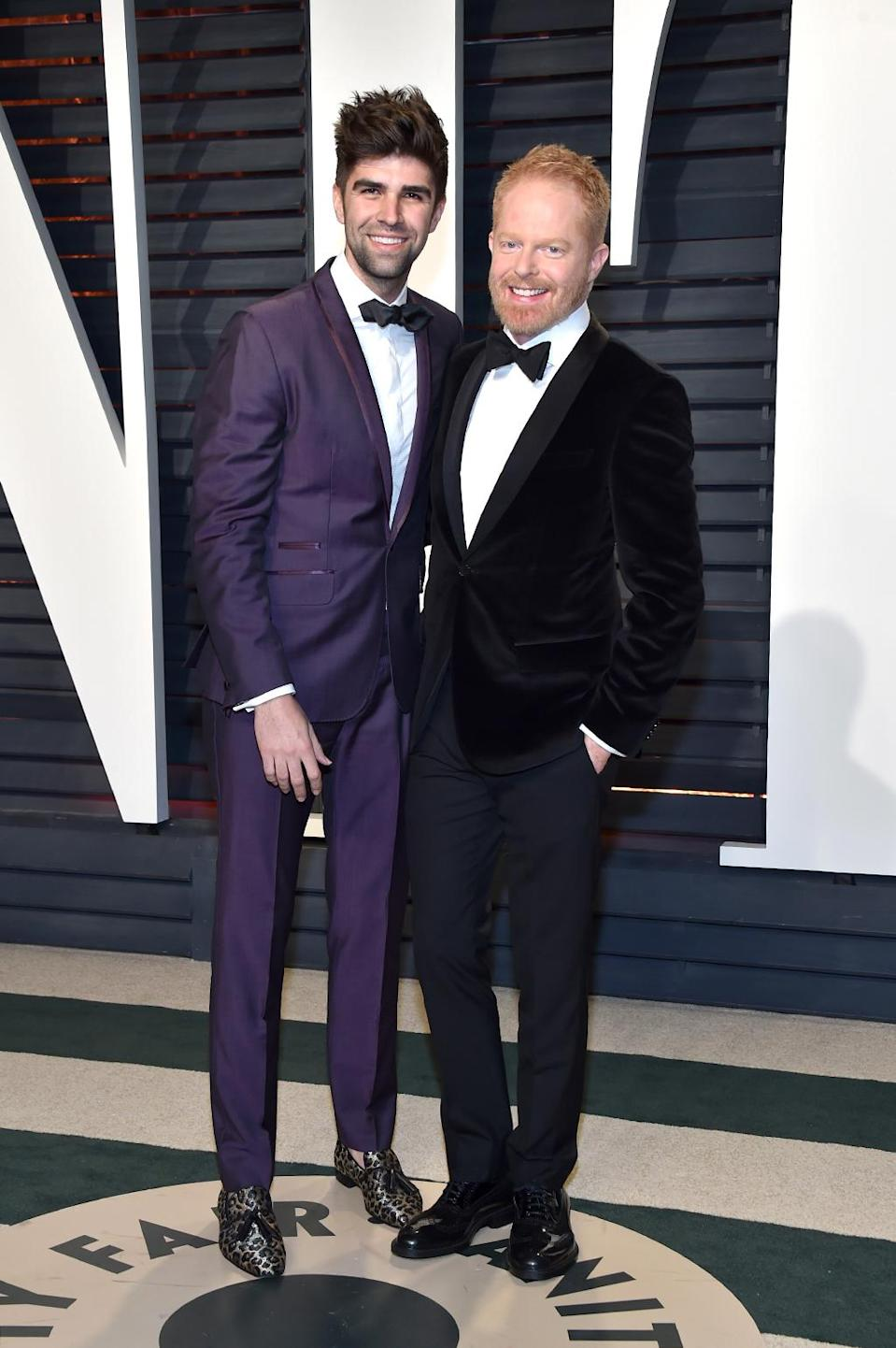 <p>Justin Mikita and Jesse Tyler Ferguson attend the 2017 Vanity Fair Oscar Party hosted by Graydon Carter at Wallis Annenberg Center for the Performing Arts on February 26, 2017 in Beverly Hills, California. (Photo by Pascal Le Segretain/Getty Images) </p>