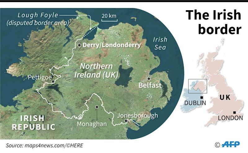 Map of Northern Ireland and the border with the Irish Republic, plus location of Londonderry/Derry. (AFP Photo/Jean-Michel CORNU)