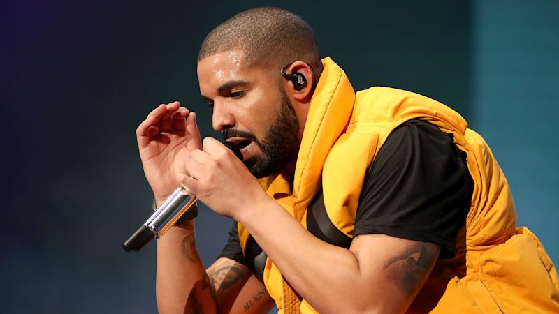This Is The Real Reason Drake Got Booed Off Stage In That Cringeworthy Video