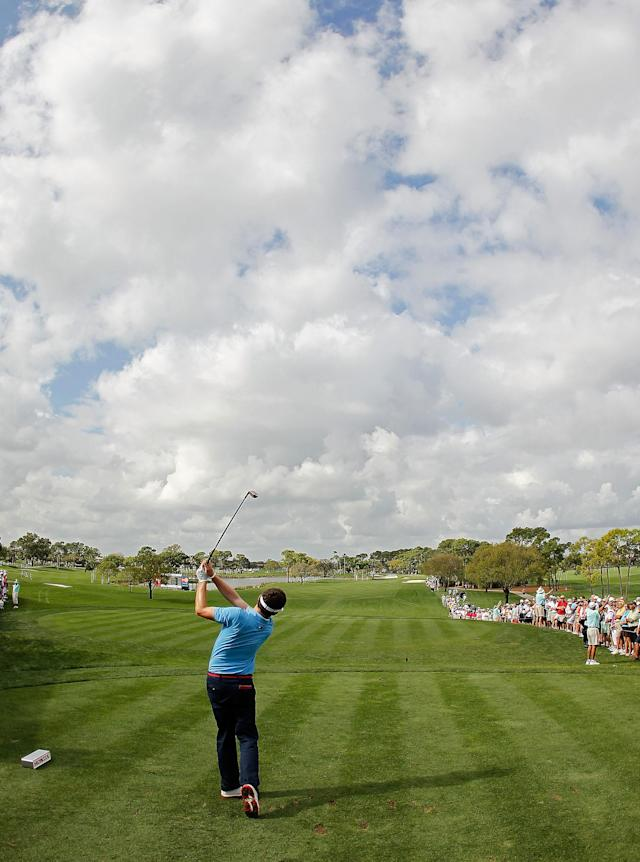 PALM BEACH GARDENS, FL - MARCH 01: Keegan Bradley hits his tee shot on the first hole during the first round of the Honda Classic at PGA National on March 1, 2012 in Palm Beach Gardens, Florida. (Photo by Mike Ehrmann/Getty Images)