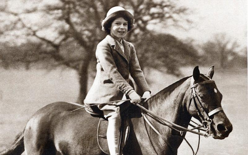 Princess Elizabeth riding her pony in Windsor Great Park, 1930s - Hulton Archive/Print Collector
